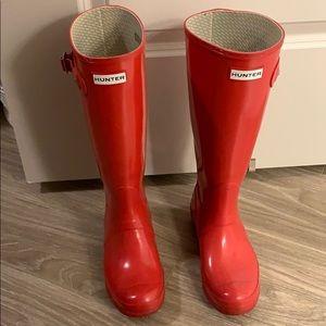 Red Original Gloss tall Hunter Rain boots